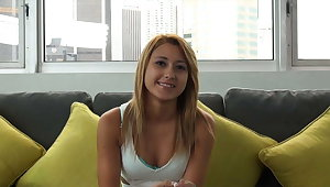 Evict Couch-X Fair-haired gymnast gets flexible on cam