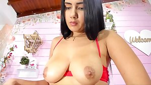 Colombian Girl With Burly Sincere Boobs Webcam