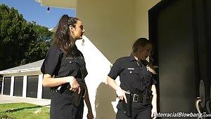 Good female cop Eliza Ibarra enjoying some hot blowbang session