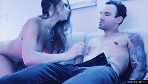 Button up up video of hotny pornstar Athena Faris giving a blowjob