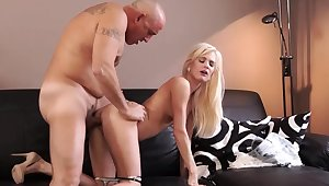 Ancient man cumshot compilation Horny blondie wants to