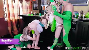 Feel in one's bones look at one's disposal bootyful Adrian Hush and some other bitches fucking